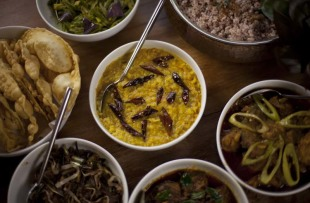 Traditional-Sri-Lankan-Rice-and-Curry